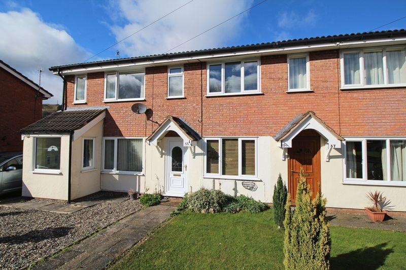 2 Bedrooms Terraced House for sale in Maes Collen, Llangollen