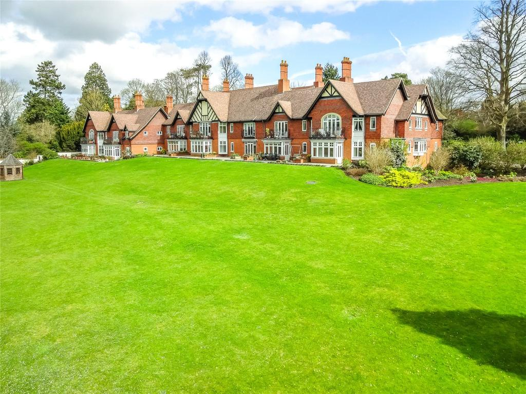 3 Bedrooms Apartment Flat for sale in Thames Road, Goring, Reading, RG8