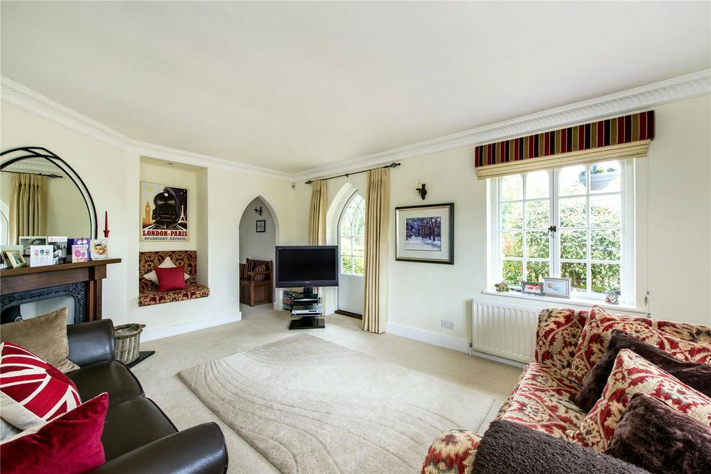 3 Bedrooms Unique Property for sale in Dunny Lane, Chipperfield, Kings Langley, Hertfordshire, WD4