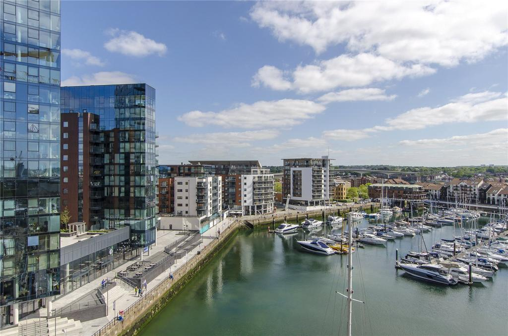 2 Bedrooms Flat for sale in Alexandra Wharf, 1 Maritime Walk, Ocean Village, Southampton, SO14
