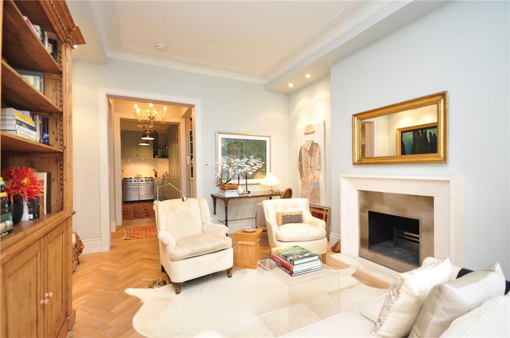 3 Bedrooms Flat for sale in Montagu Mansions, Marylebone, London, W1U