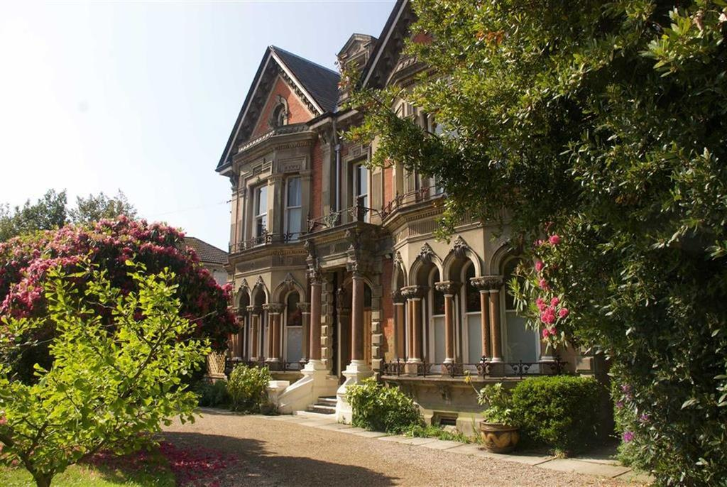 11 Bedrooms Detached House for sale in Baldslow Road, Hastings