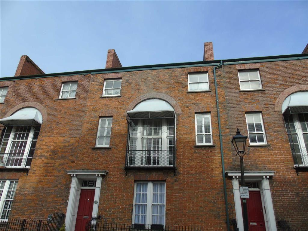 2 Bedrooms Apartment Flat for sale in Cambrian Place, Swansea