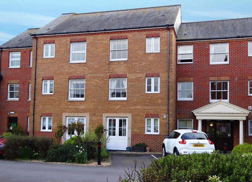 1 Bedroom Retirement Property for sale in Brampton Court, Stockbridge Road, Chichester PO19