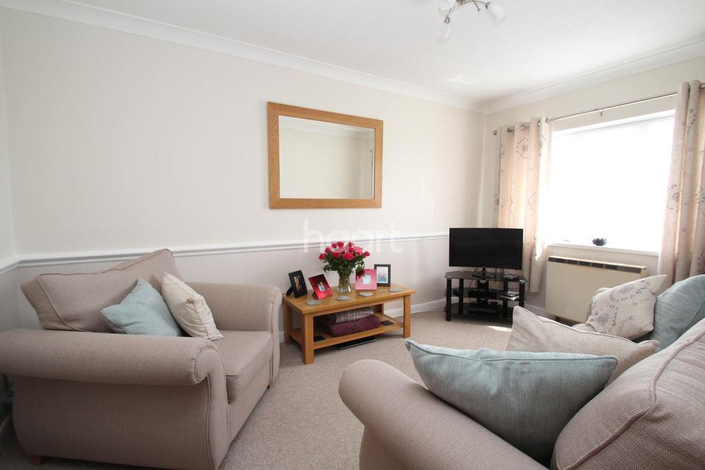 2 Bedrooms Flat for sale in Haslam Road, Torquay