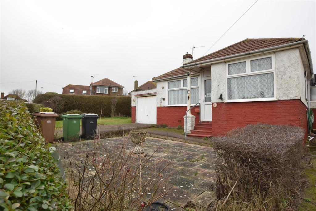 2 Bedrooms Bungalow for sale in Conqueror Road, St. Leonards-On-Sea