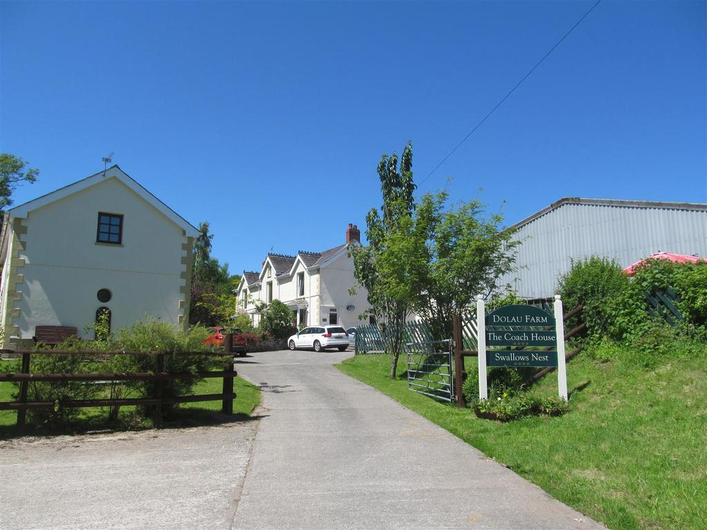 4 Bedrooms Country House Character Property for sale in Llansteffan, Carmarthen