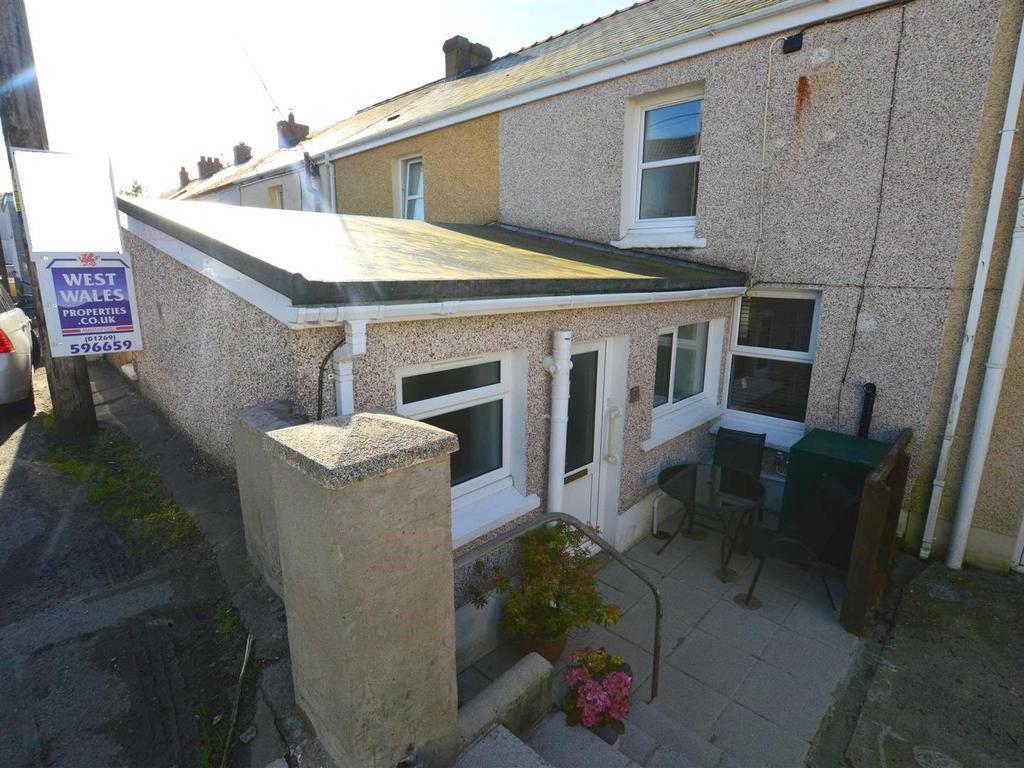 3 Bedrooms Terraced House for sale in Upper Brynamman