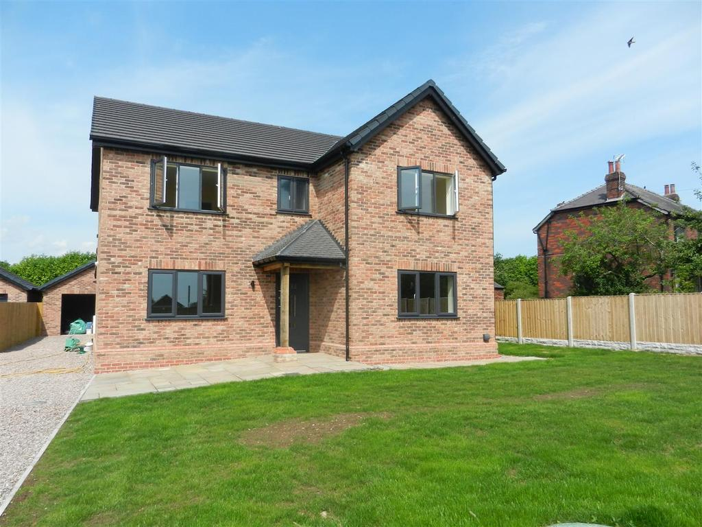 Hugmore Lane Holt Wrexham 4 Bed Detached House For Sale