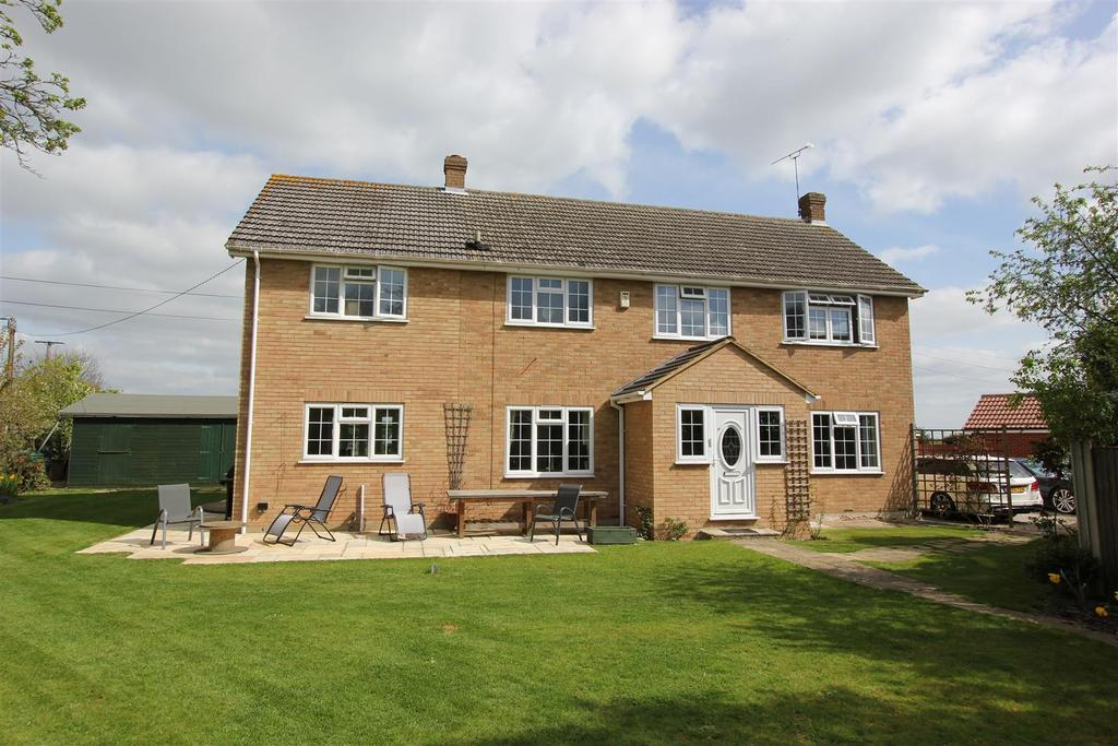 5 Bedrooms Detached House for sale in Danbury, Chelmsford