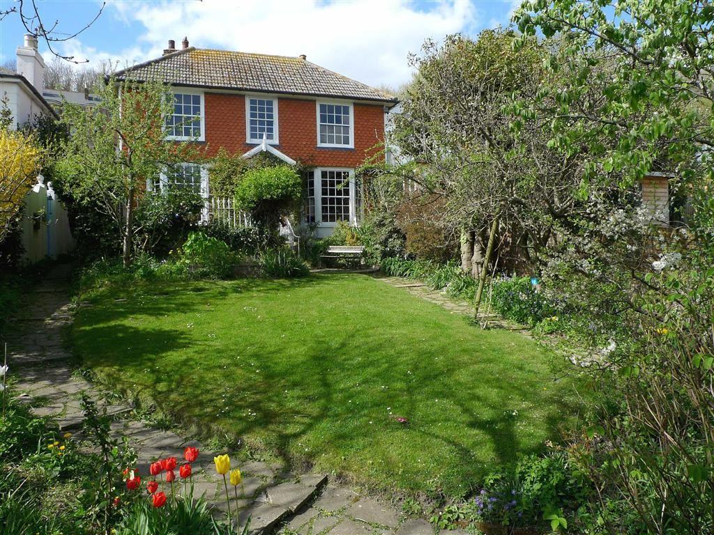 4 Bedrooms Detached House for sale in High Street, Hastings
