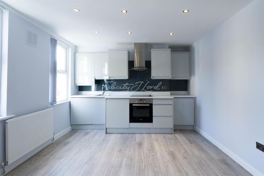 1 Bedroom Flat for sale in Trafalgar Road, Greenwich, SE10