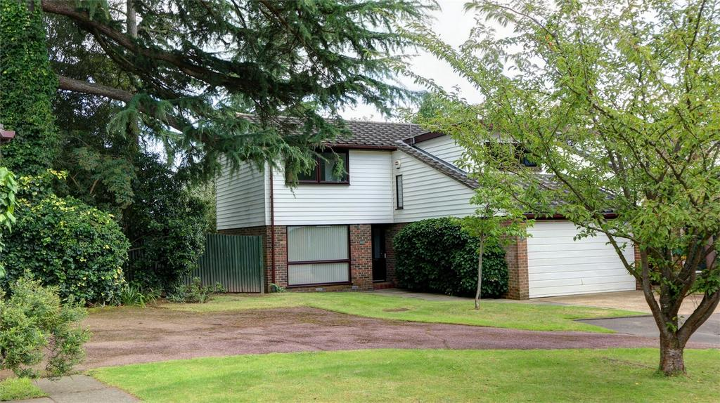 4 Bedrooms Detached House for sale in Inglewood Copse, Bickley, Bromley, Kent