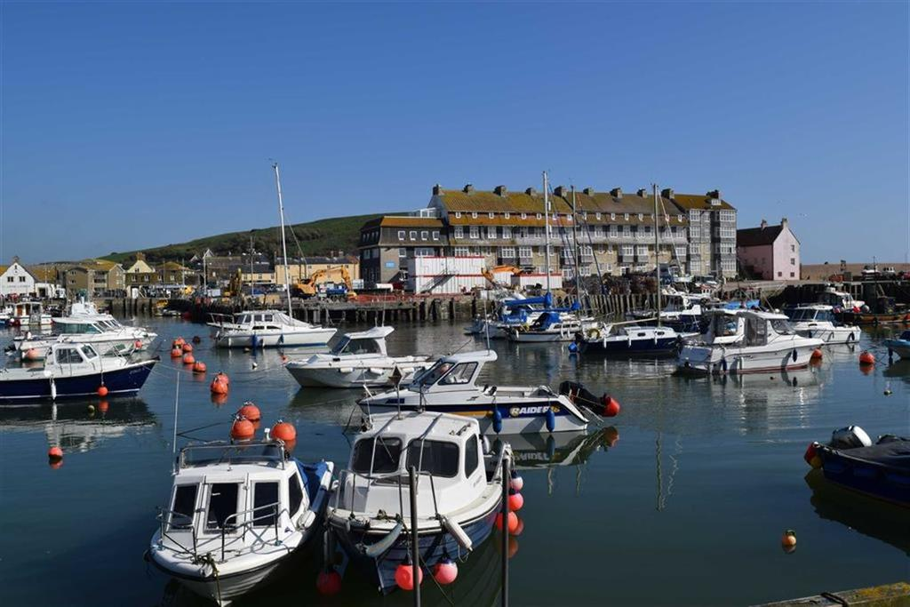 2 Bedrooms Apartment Flat for sale in Quayside, West Bay, Dorset, DT6