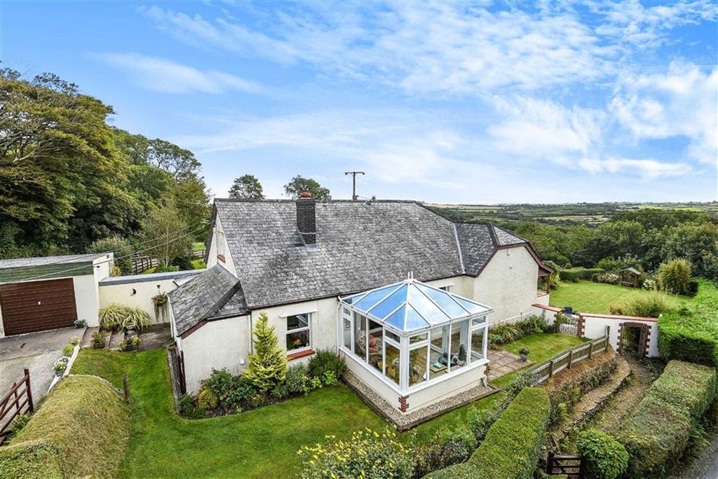 4 Bedrooms Bungalow for sale in Pancrasweek, Holsworthy, Devon, EX22