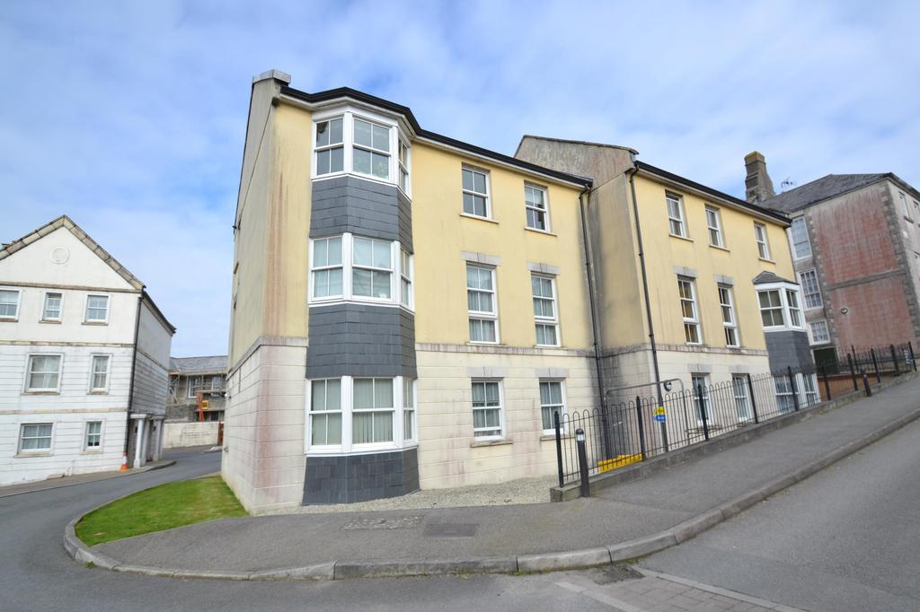 2 Bedrooms Flat for sale in Royffe Way, Bodmin