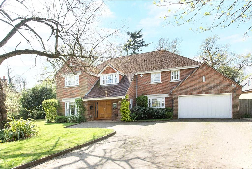 5 Bedrooms Detached House for sale in Waterford Close, Cobham, Surrey, KT11