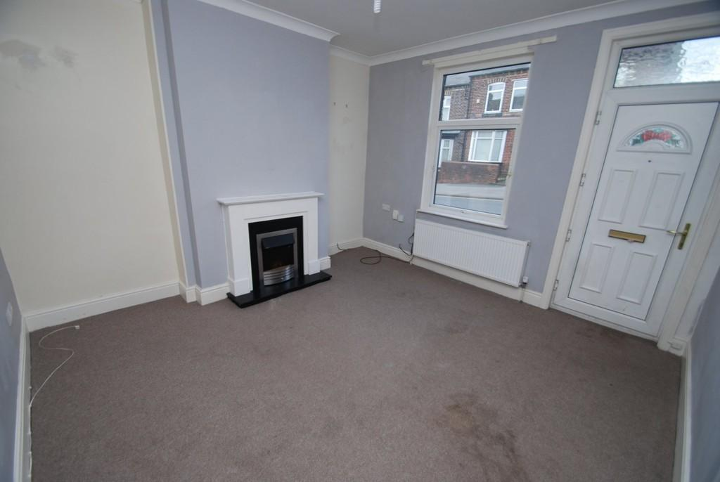 2 Bedrooms Terraced House for sale in Park Road, Worsbrough, Barnsley S70