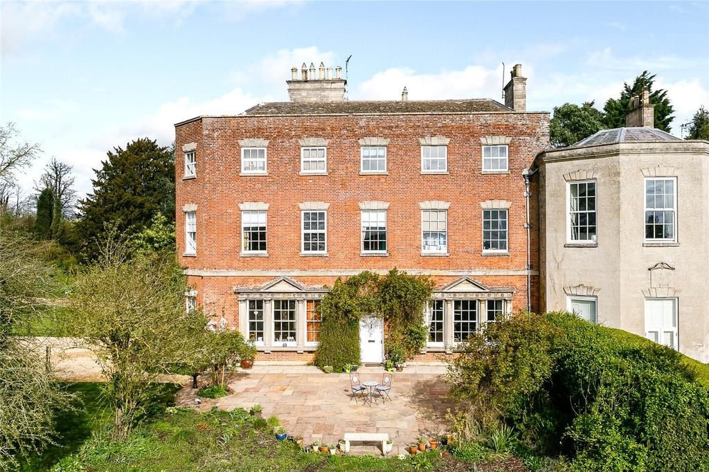 5 Bedrooms House for sale in Glendon Hall, Glendon, Kettering, Northamptonshire