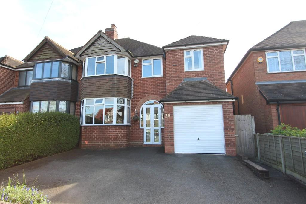 5 Bedrooms Semi Detached House for sale in Kingswood Close, Lapworth