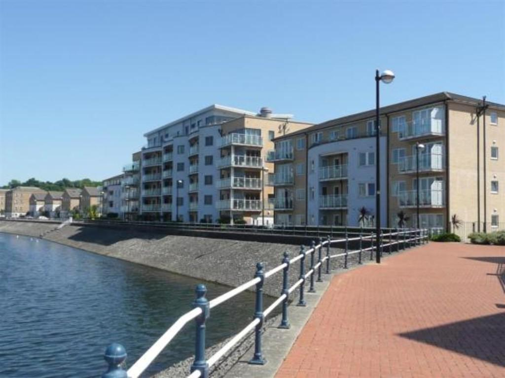2 Bedrooms Apartment Flat for sale in Ty Gwendollen, Marconi Avenue, Penarth Marina