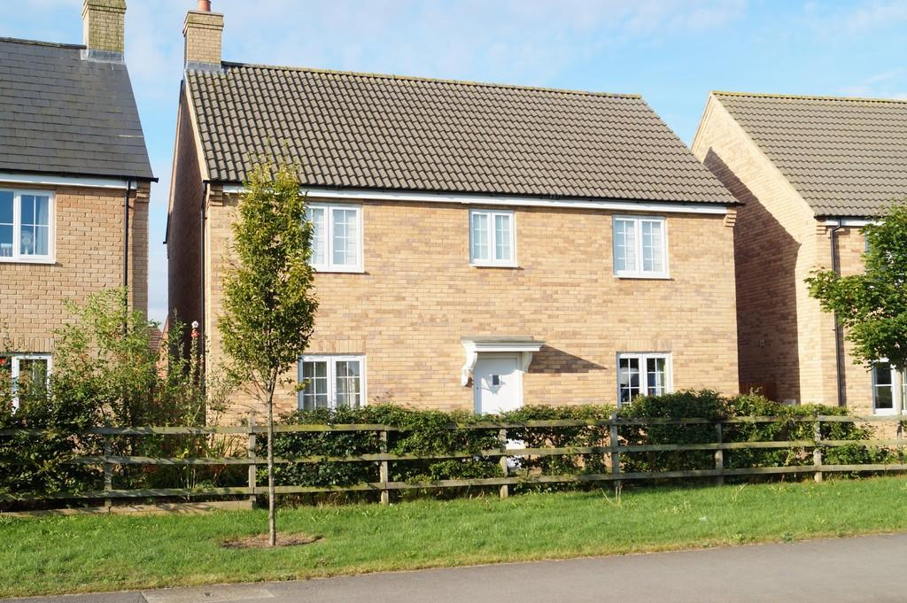 4 Bedrooms Detached House for sale in Juniper Way, Witham St. Hughs, Lincoln