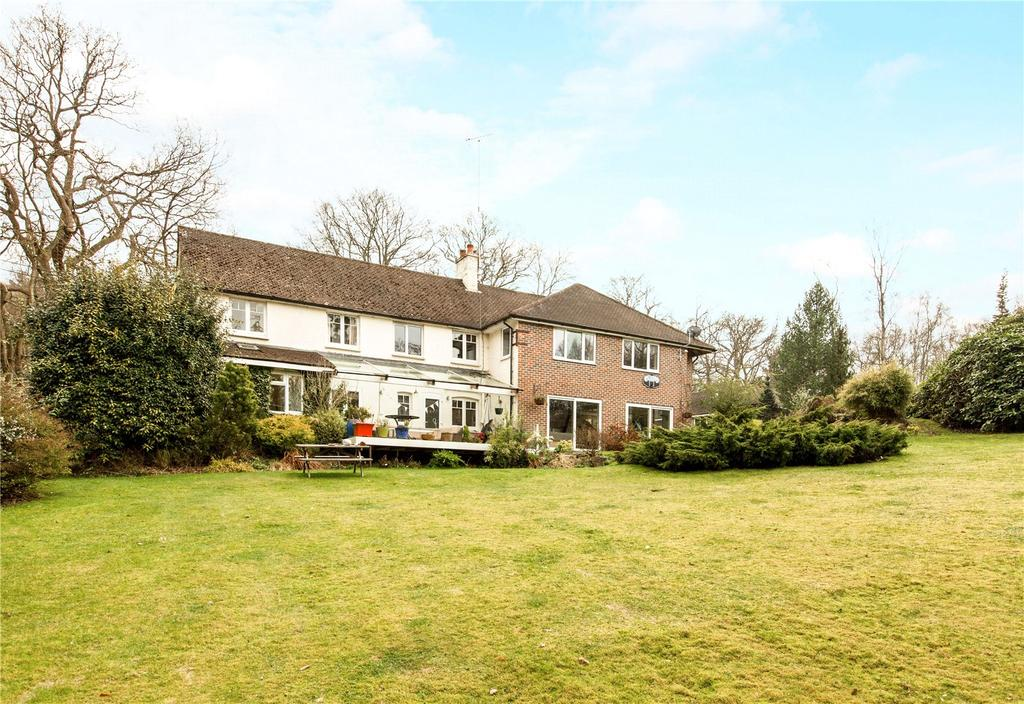 4 Bedrooms Unique Property for sale in Bucklebury, Reading, RG7
