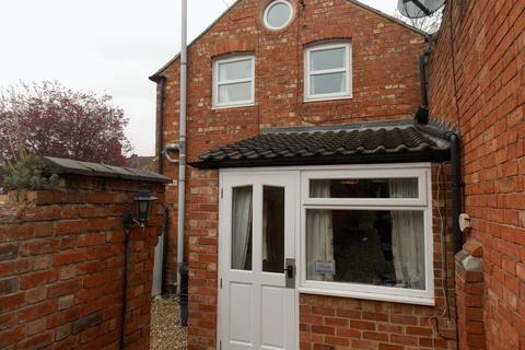 1 bedroom terraced house to rent - Abington Avenue, Northampton, NN1 4PA