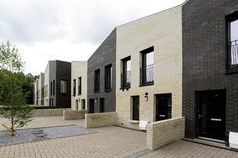 3 bedroom terraced house to rent - Whitelaw Street, Maryhill, Glasgow, G20 0DG
