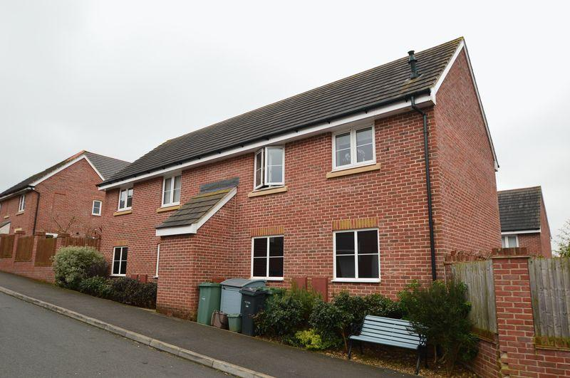 1 Bedroom Apartment Flat for sale in East Cowes, PO32 6GH