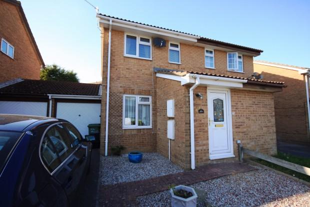 2 Bedrooms Semi Detached House for sale in Valley Road, Newhaven, BN9