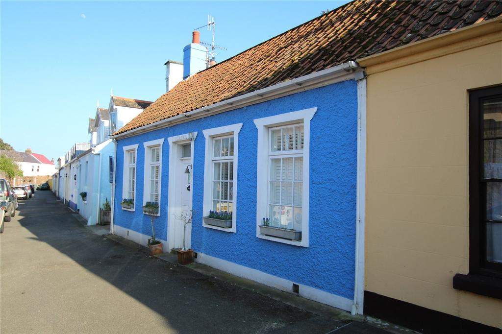 2 Bedrooms Terraced House for sale in Old Road, Grouville, Jersey, JE3