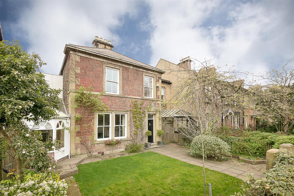 5 Bedrooms Link Detached House for sale in Elmfield Road, Gosforth, Newcastle upon Tyne