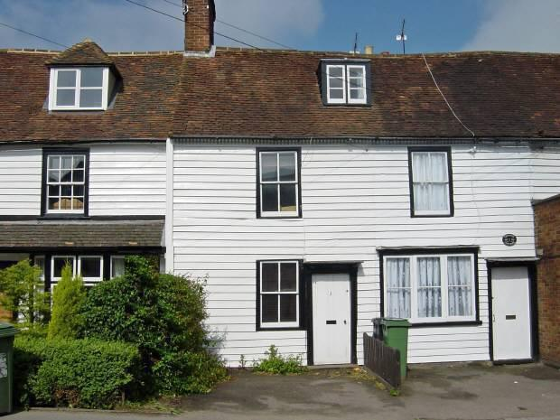 2 Bedrooms Cottage House for sale in Chestnut Cottages, High Street, Staplehurst, Kent TN12 0AB