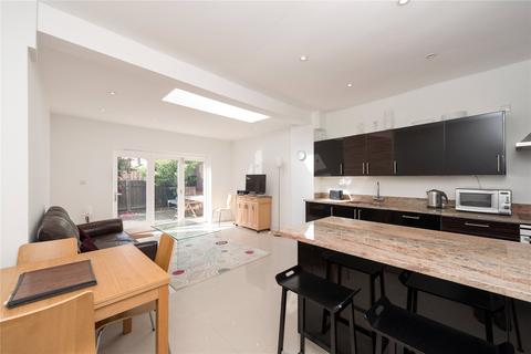 3 bedroom terraced house - The Avenue, Chiswick, London
