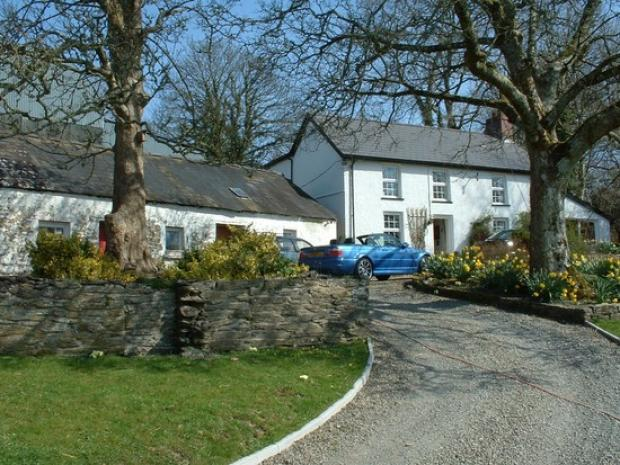 4 Bedrooms Detached House for sale in Llain, Penrhiwllan, Ceredigion