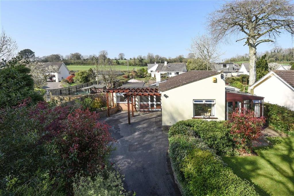 3 Bedrooms Bungalow for sale in Beech Trees Lane, Ipplepen, Devon, TQ12