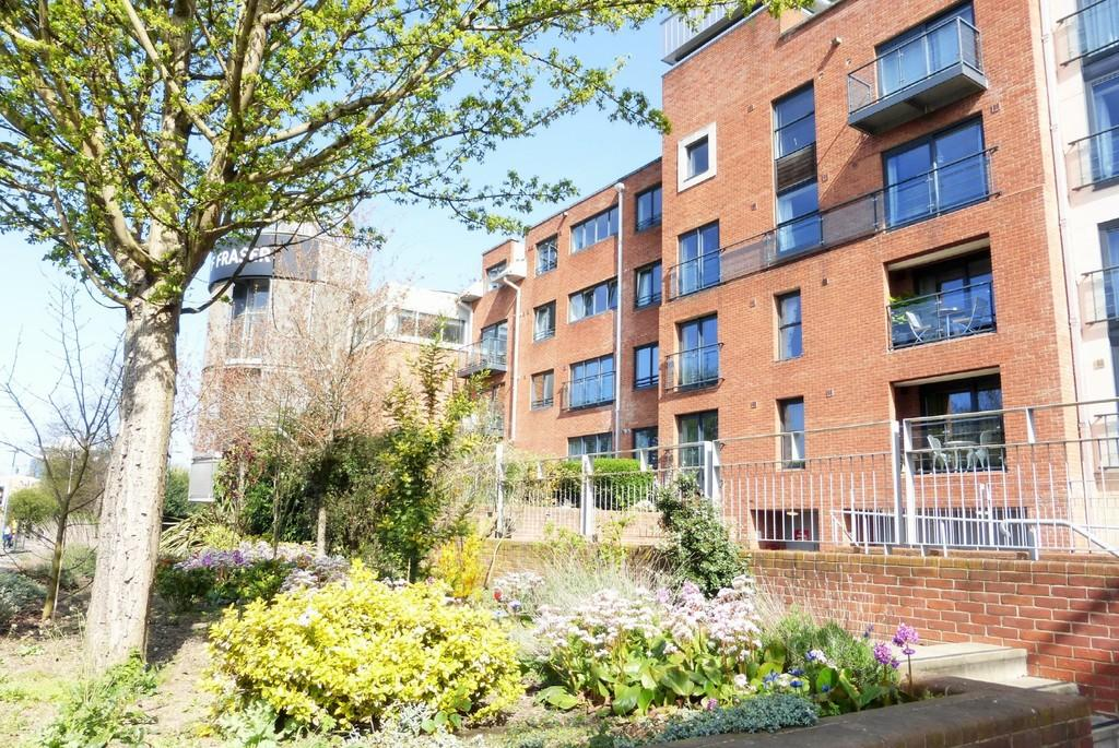 3 Bedrooms Apartment Flat for sale in Norwich