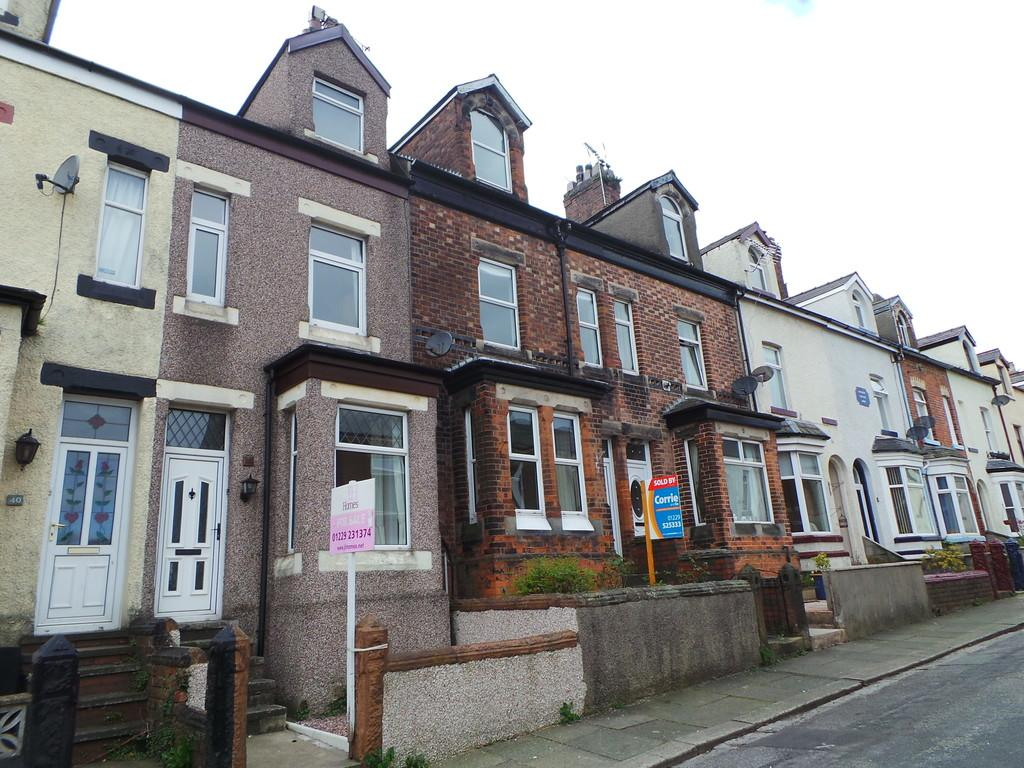 3 Bedrooms Terraced House for sale in 38 Casson Street