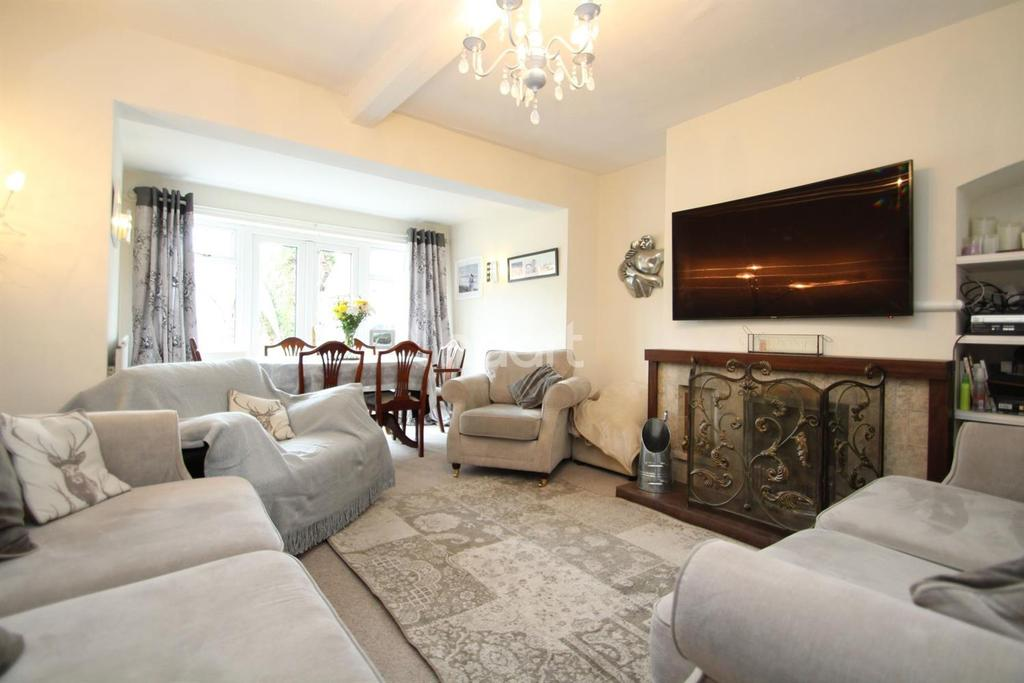 3 Bedrooms Semi Detached House for sale in High Street, Navenby