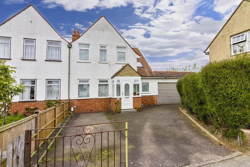 3 Bedrooms Semi Detached House for sale in Queen Street, Worthing