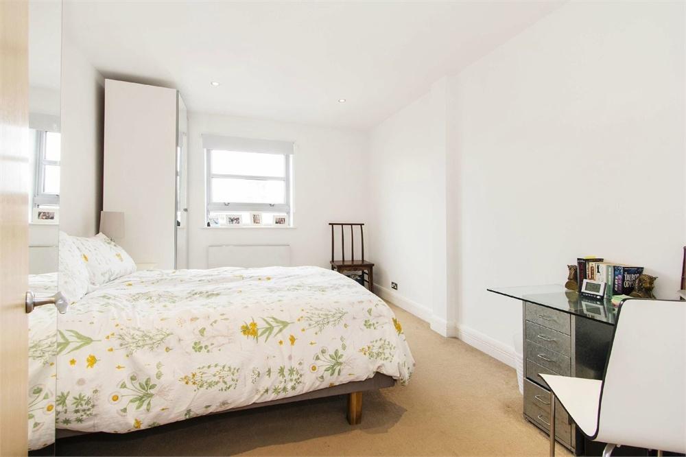 3 Market Yard Mews Bermondsey Street London Bridge SE1 2 Bed Flat To Rent