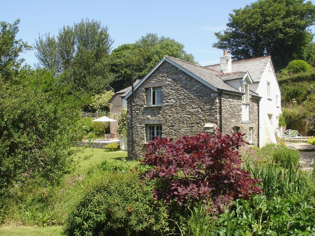 5 Bedrooms Detached House for sale in Parracombe, West Exmoor