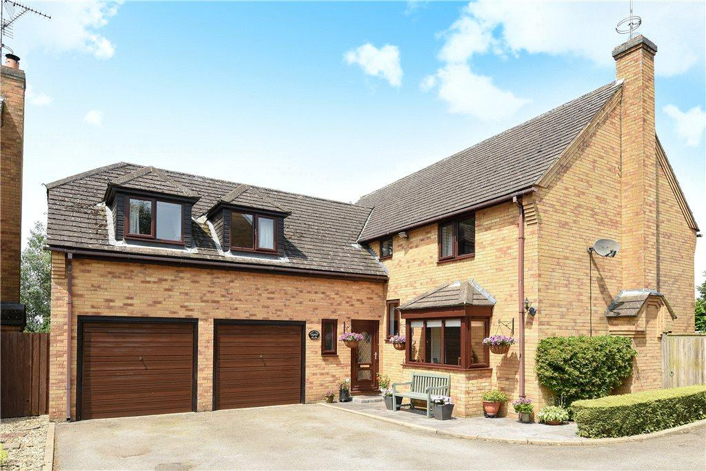 5 Bedrooms Detached House for sale in Whittlebury Road, Silverstone, Towcester, Northamptonshire