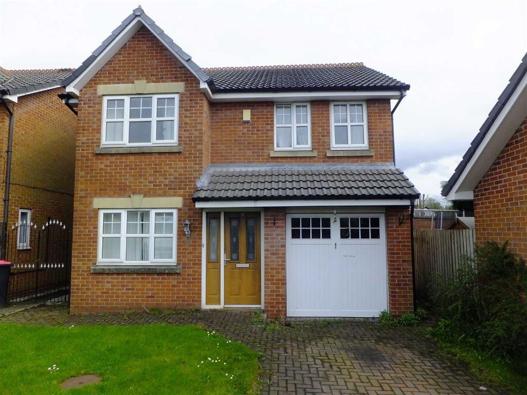4 Bedrooms Detached House for sale in Lawnswood Drive, Swinton, Manchester