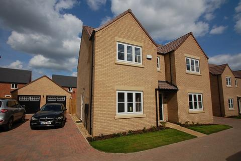 4 bedroom detached house to rent - Oundle, PE8