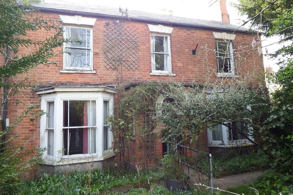 4 Bedrooms Semi Detached House for sale in Salem Street, Gosberton