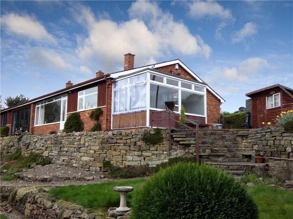 2 Bedrooms Semi Detached Bungalow for sale in Brook Hill, Baildon, West Yorkshire