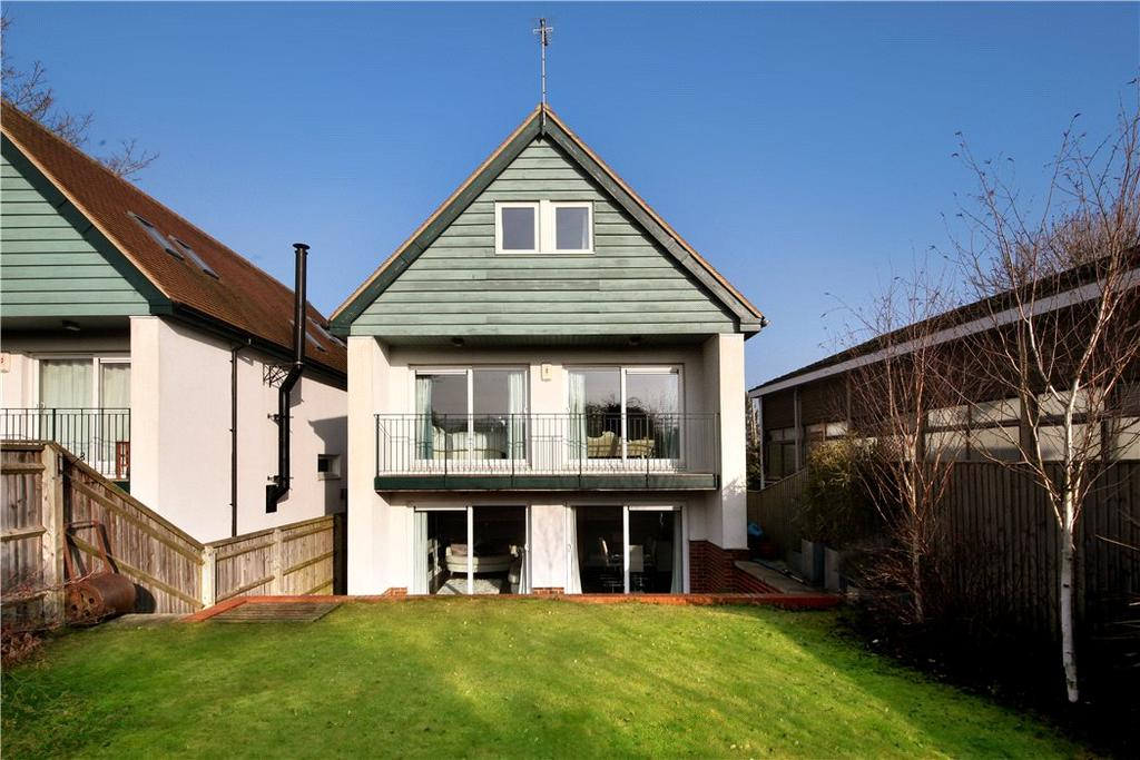 5 Bedrooms Detached House for sale in Greenfields, London Road, Blewbury, OX11