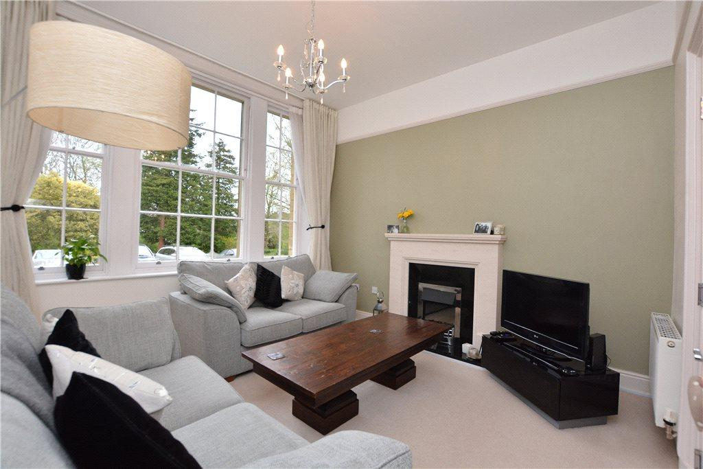 2 Bedrooms Apartment Flat for sale in The Grove, Roundhay, Leeds